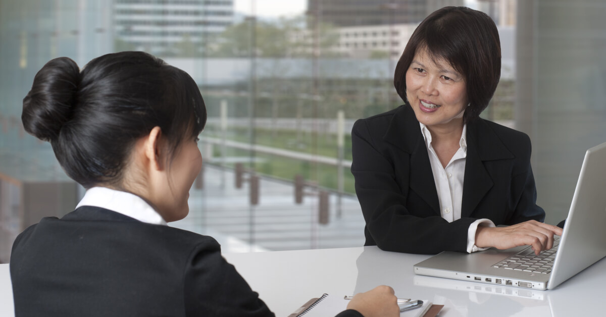 women-discussing-business