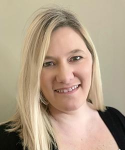 Debbie Amolsch